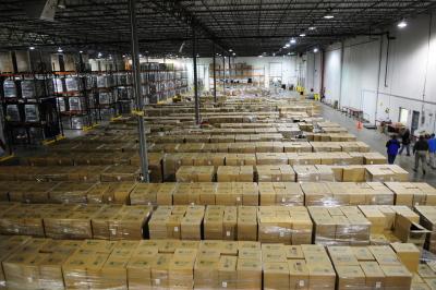 FEMA_-_37522_-_Commodities_inside_the_Florida_Emergency_Management_Logistics_Division