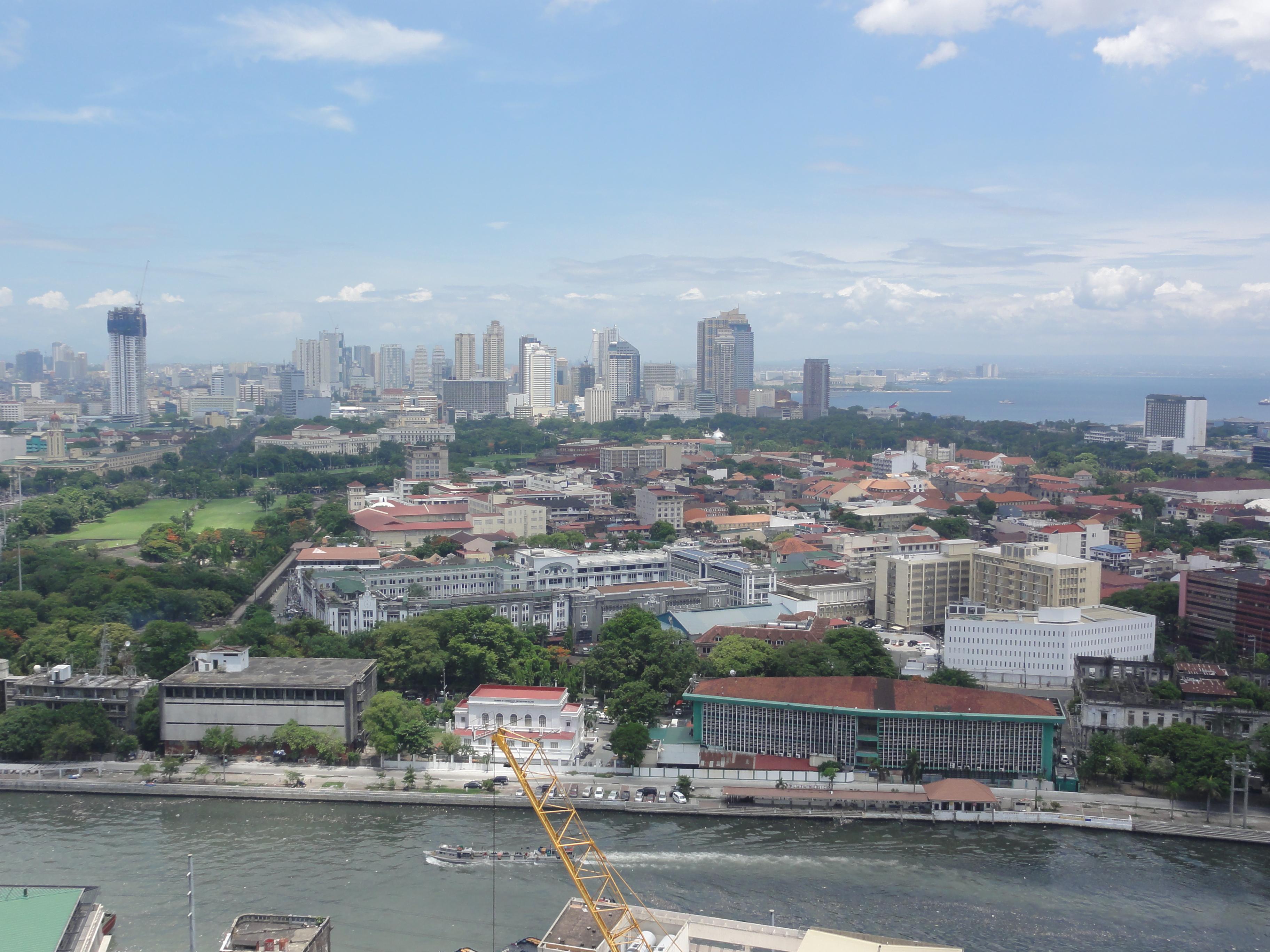 Pic_geo_photos_-_ph3Dmm3Dmanila_-_aerial_view_from_world_trade_exchange_tower_binondo_-philippines-2015-0615-ls-