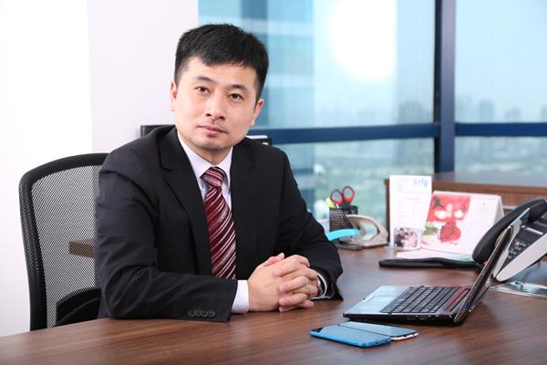 Alex_Lu_RLG_Communications_Global_Manager